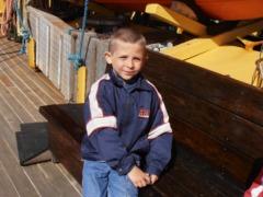 Najmłodszy uczestnik rejsu liczył siedem lat i wykazał się nadzwyczajną determinacją - proszę kliknąć na miniaturkę, by powiększyć zdjęcie
